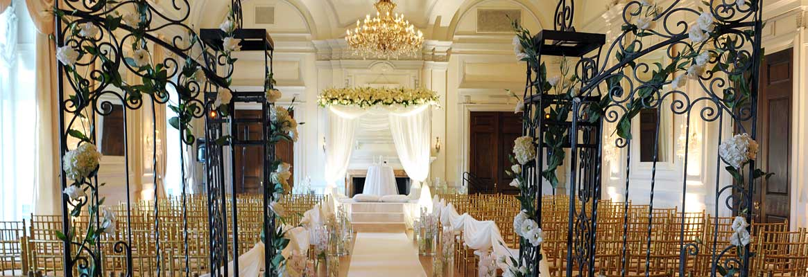 Beautiful and atmopsheric event design services make weddings truly special and rememberable